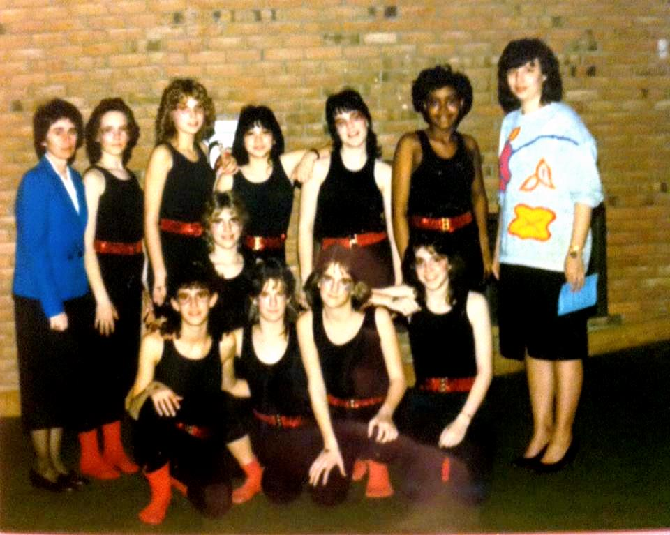 Susan Coakley's Middle School Dance Group